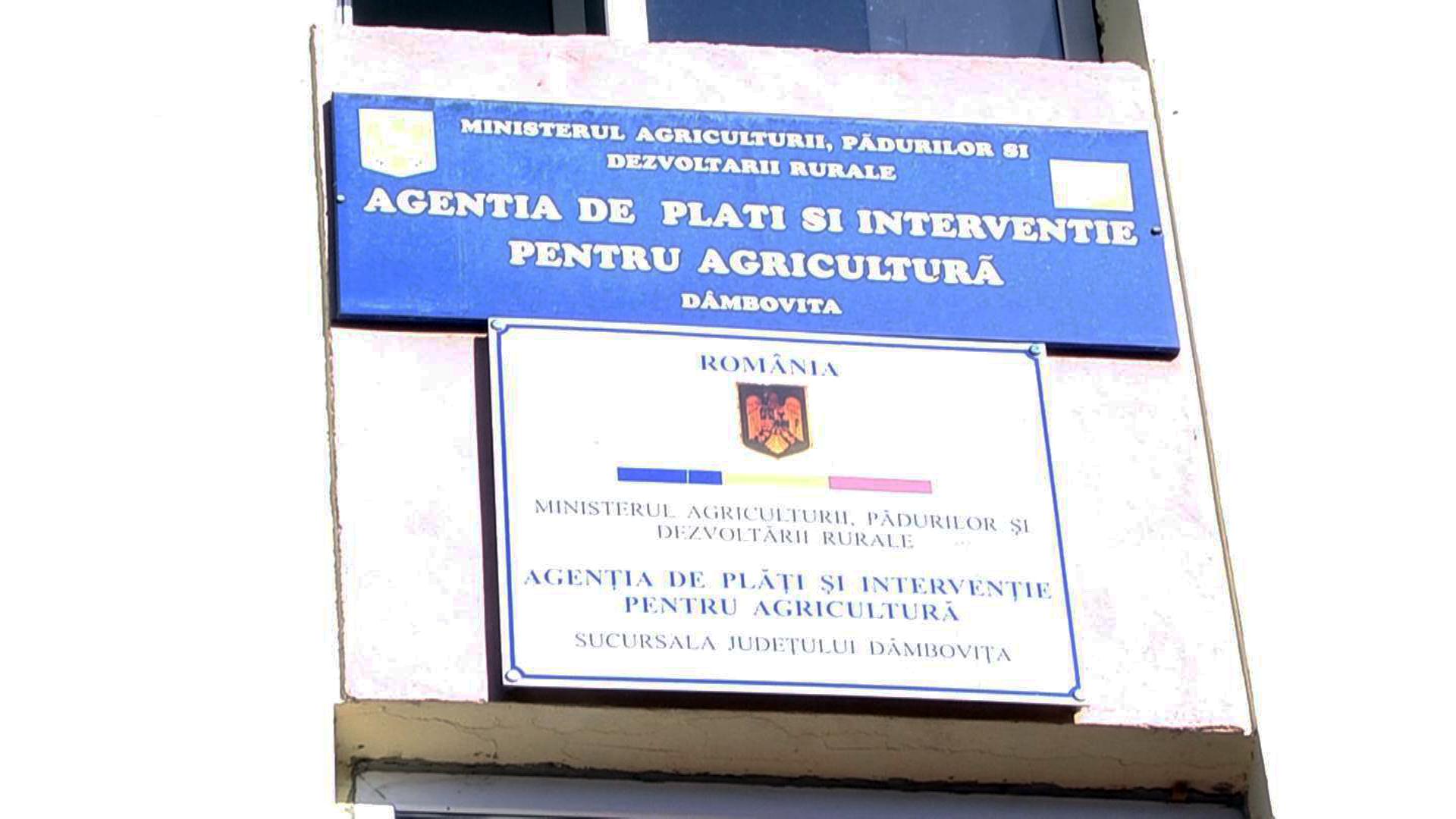 APIA Dâmboviţa a acordat plăţi în avans la peste 13. 454 de fermieri