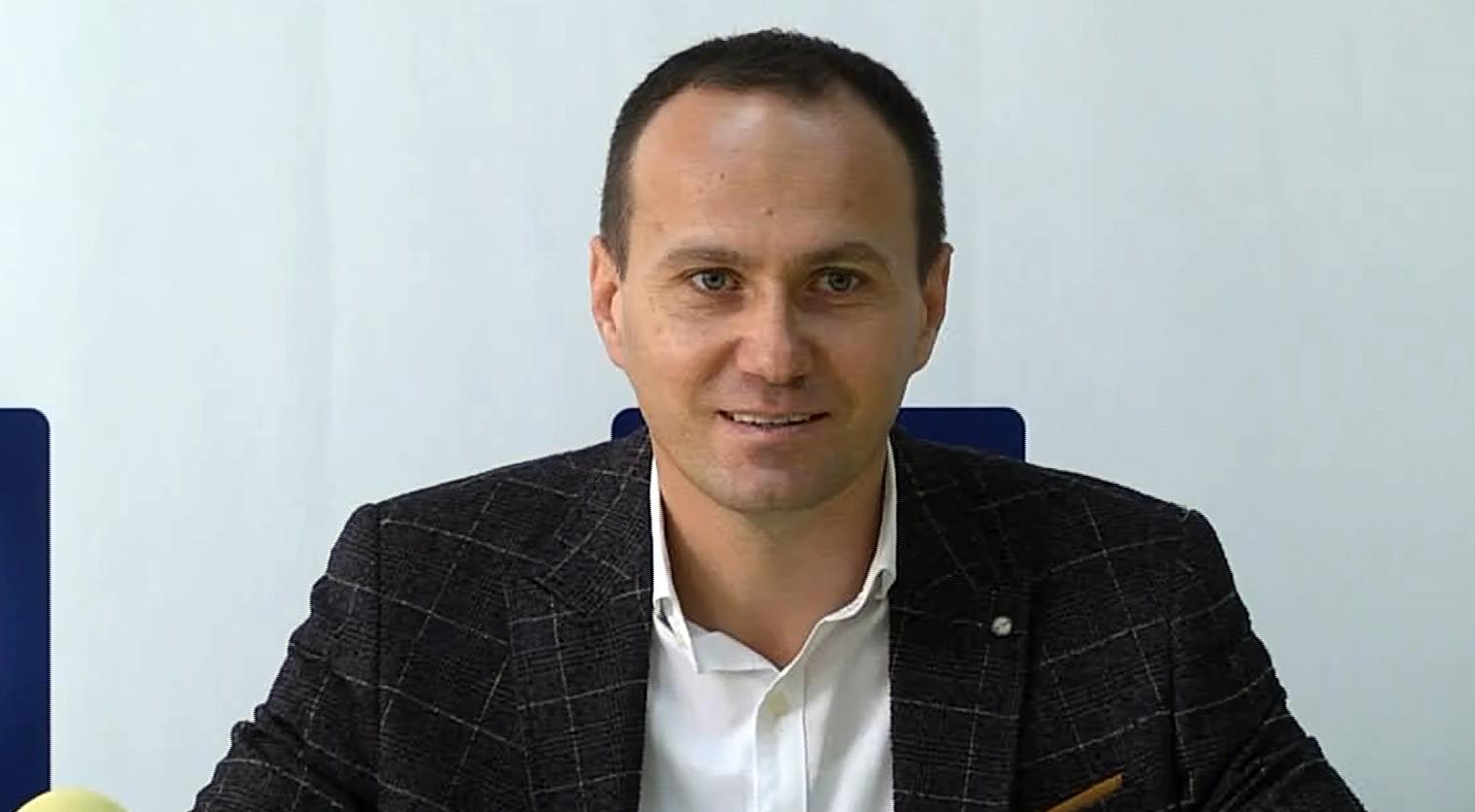 Noul preşedinte al PNL Târgoviște, Aurelian Cotinescu merge pe deviza, unitate şi construcție
