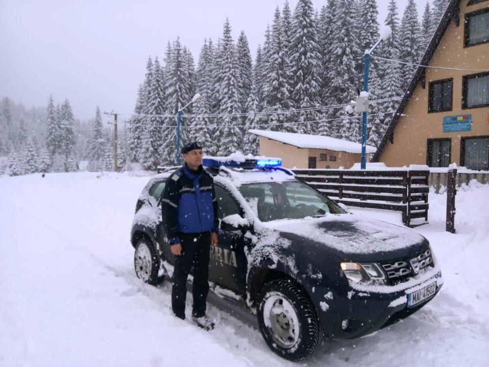 Iarna se dezlănţuie în zona montană Moroeni-Padina –Peştera. VIDEO