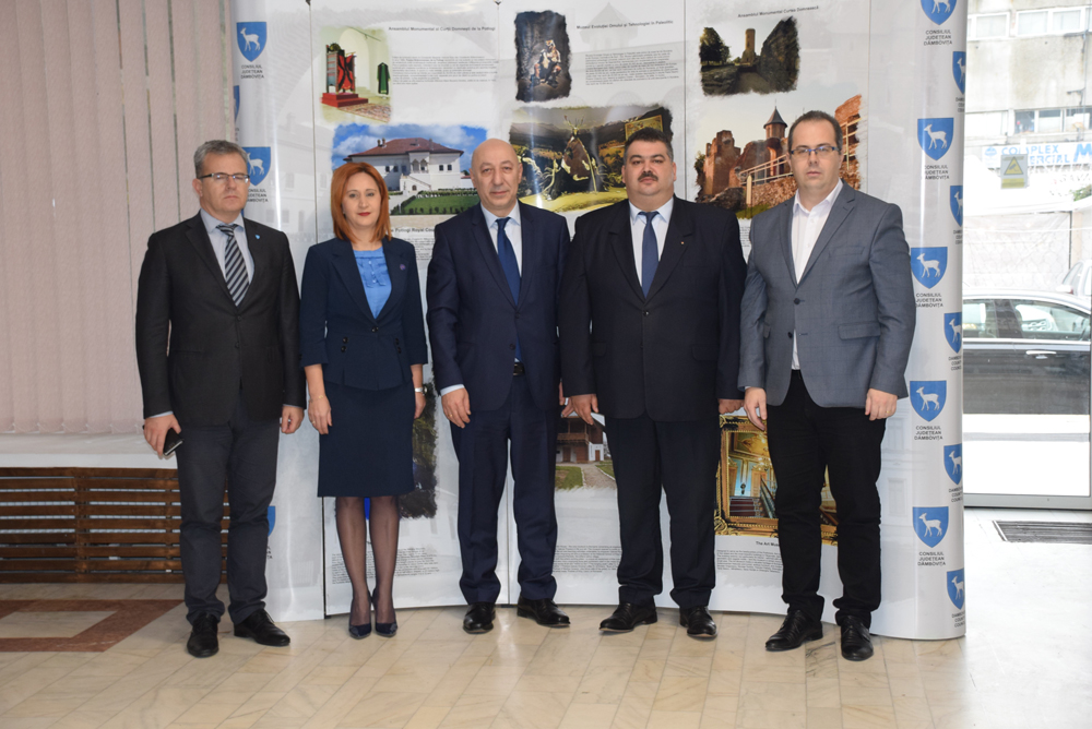 Ambasadorul Georgiei în România, E.S. Nikoloz Nokolozishvili a fost  în vizită  la Consiliul Județean Dâmbovița