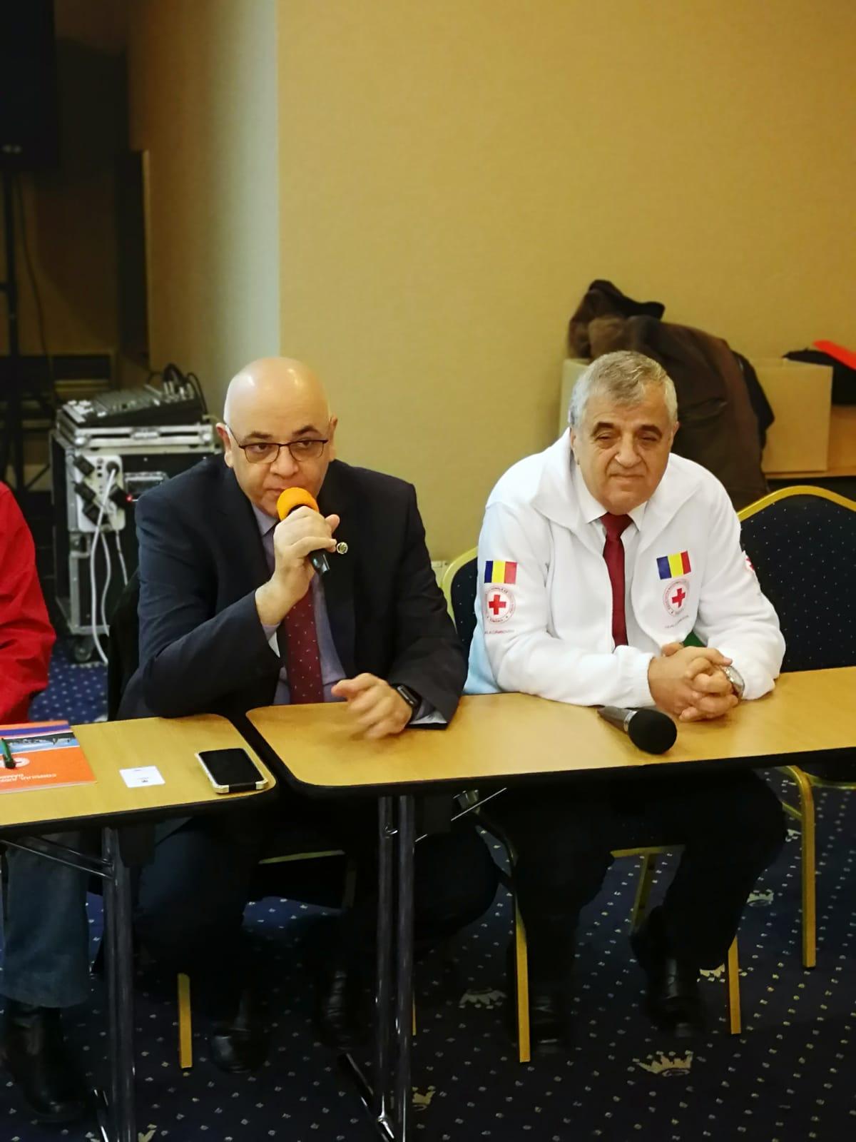Crucea Roșie Dâmboviţa: 100 de pachete de alimente de bază  pentru populația aflată în autoizolare sau izolare instituţionalizată