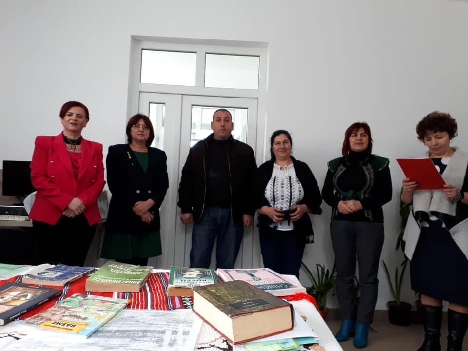 Deputatul Claudia Gilia, preşedinte OFSD Dâmboviţa: Să încurajăm lectura în rândul tinerilor