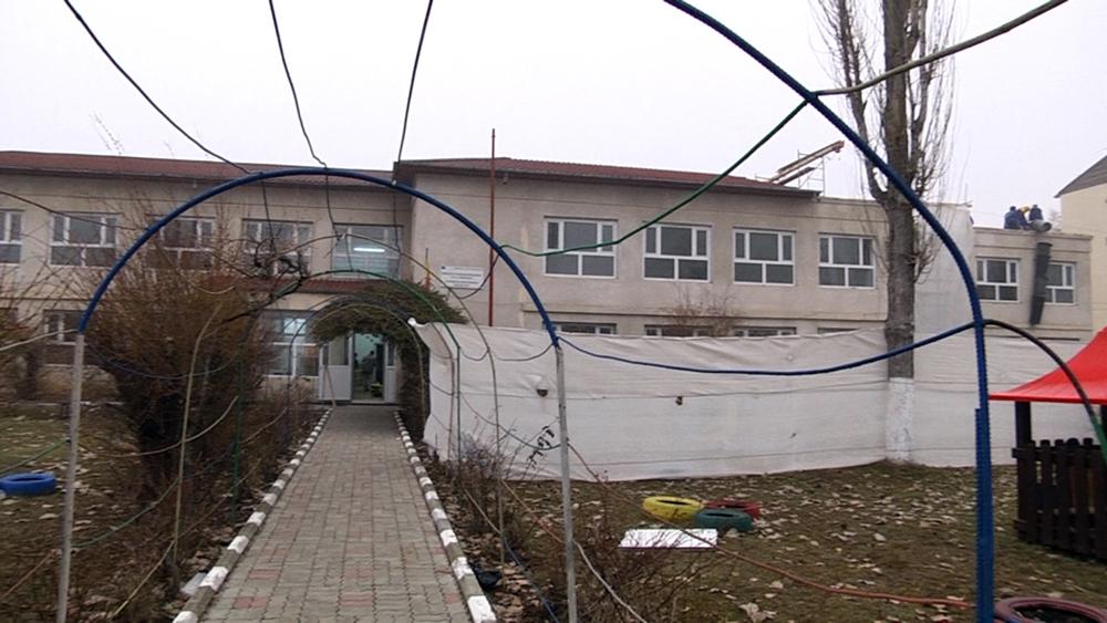La Grădinița nr. 13 Târgoviște au început lucrările de reabilitare şi modernizare