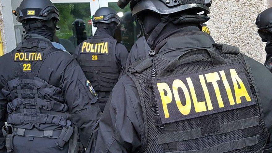 Polițiștii dâmboviţeni,specializați în investigații criminale,au reţinut doi bărbaţi  care făceau  camătă