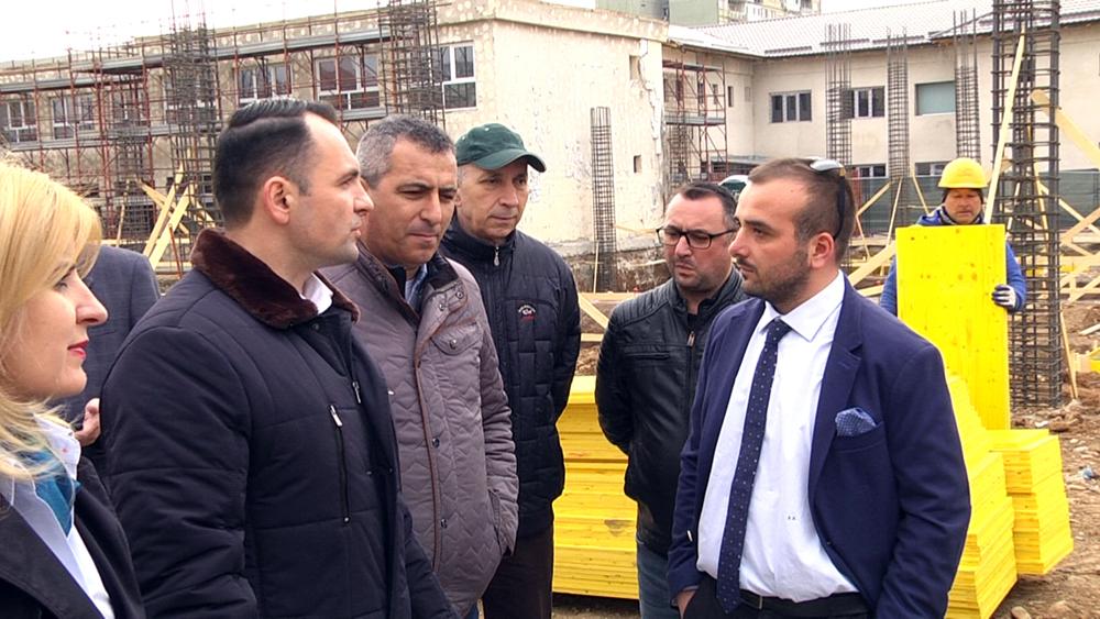 Lucrările de  modernizare şi extindere a Creşei nr. 13 din târgovişte, sunt  destul de avansate