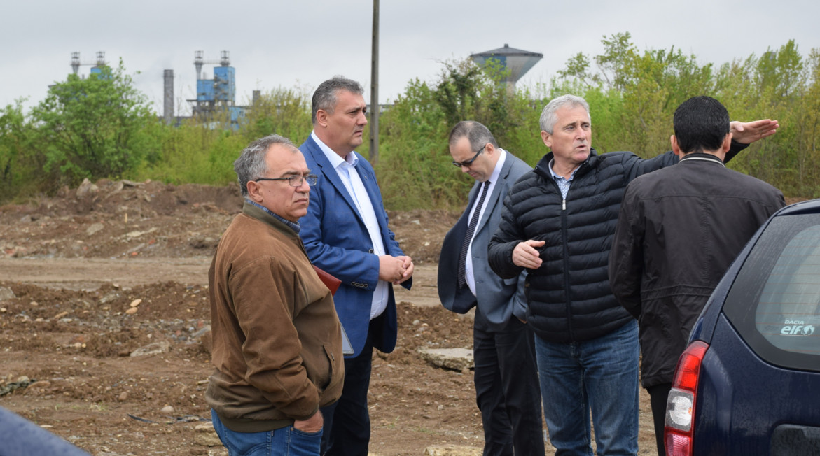 Preşedintele  CJ, Alexandru  Oprea, la  doar câteva ore   de la instalare a mers  să verifice stadiul  investiţiilor de la UM Gara Târgoviște