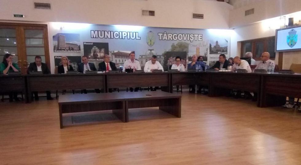 Municipiul Târgovişte are bugetul  pe 2019, aprobat chiar dacă consilierii PNL  au părăsit  sala de şedinţă
