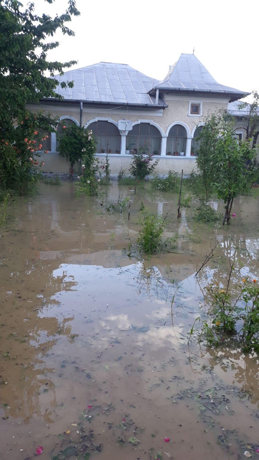 Inundaţii în zona de sud a judeţului Dâmboviţa
