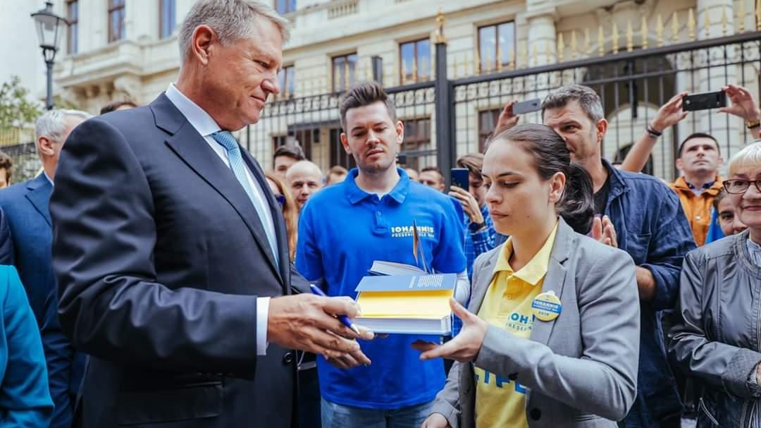 PNL Dâmbovița la depunerea candidaturii lui Klaus Iohannis pentru un nou mandat de Preşedinte al României