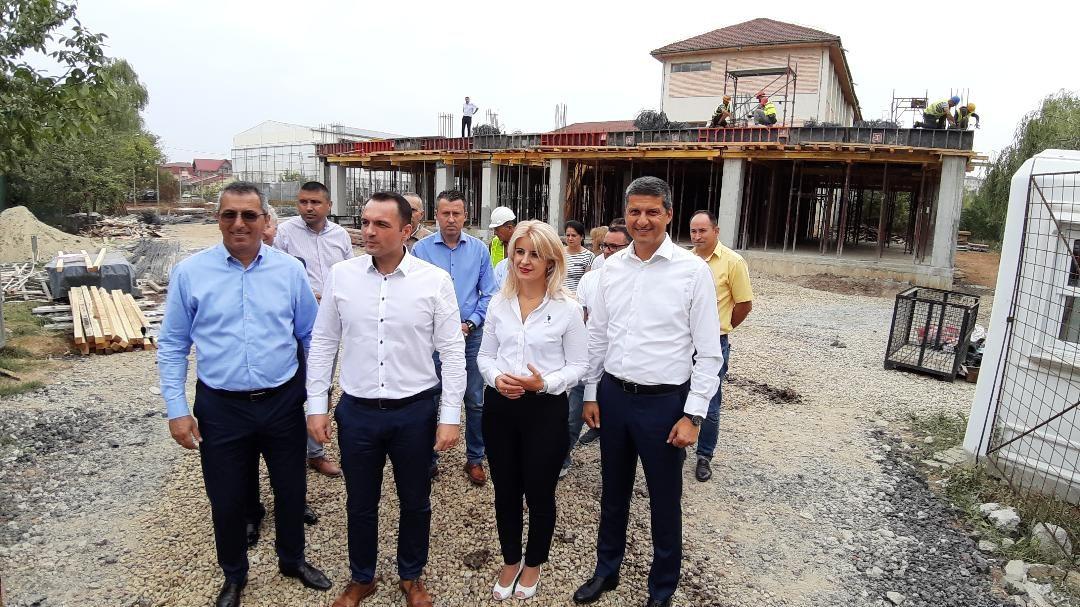 "Lucrări avansate  la Școala nr.13  ""Matei Basarab""   din Târgovişte"
