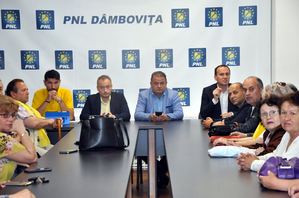 PNL Târgovişte: Victoria de astăzi a PNL este un câştig important pentru ţară, pentru democraţie