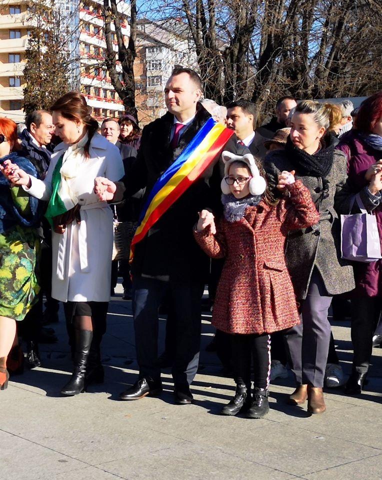 Mica Unire a fost  sărbătorită și  la Târgoviște printr-o serie   de evenimente organizate în Piața Mihai Viteazul