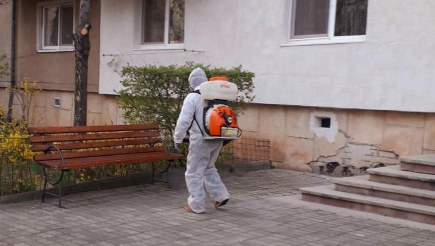 Primăria Târgoviște va începe dezinfectarea în scările de bloc
