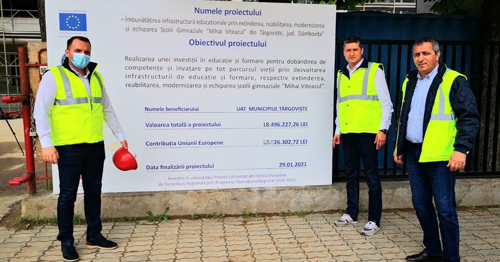 """Lucrările de reabilitare și modernizare la Şcoala """"Mihai Viteazul"""" Târgoviște se apropie de finalizare"""