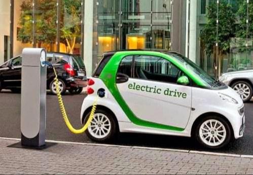 În curând, patru stații electrice de reîncărcare pentru vehicule electrice şi electrice hibrid plug-in vor fi realizate în municipiul Târgoviște