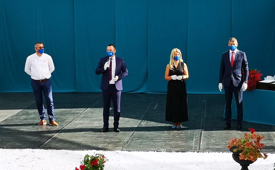 """25 de """"cupluri de aur"""" sărbătorite de Primăria Târgoviște"""