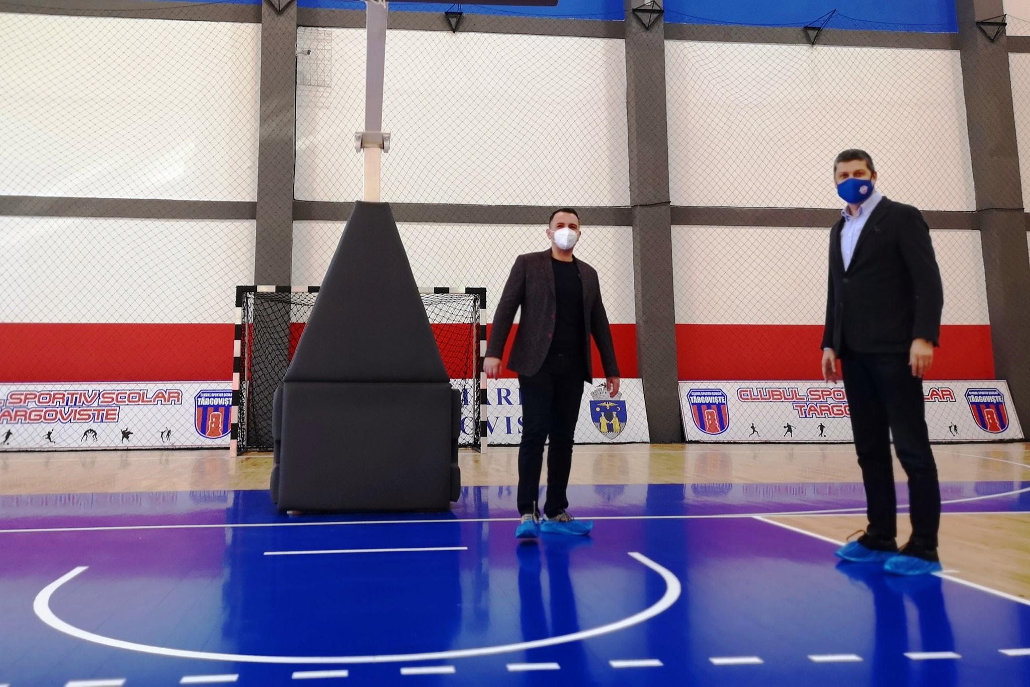 600 de sportivi de la Clubul Sportiv Școlar Târgoviște, prin grija administrației târgoviștene, beneficiază de o sală de sport modernă
