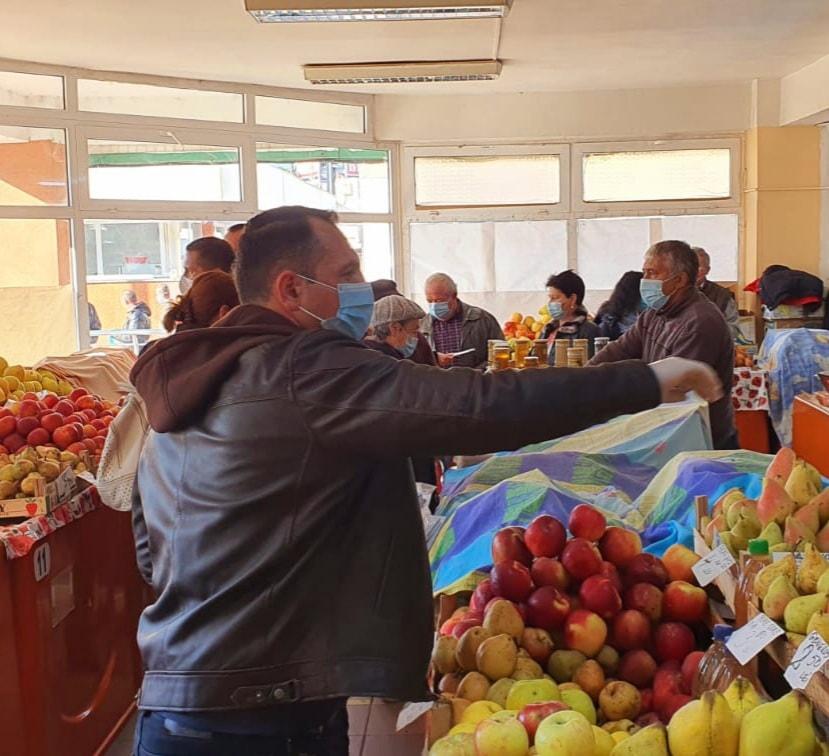Primăria Târgoviște alături de producătorii de la Piața 1 Mai