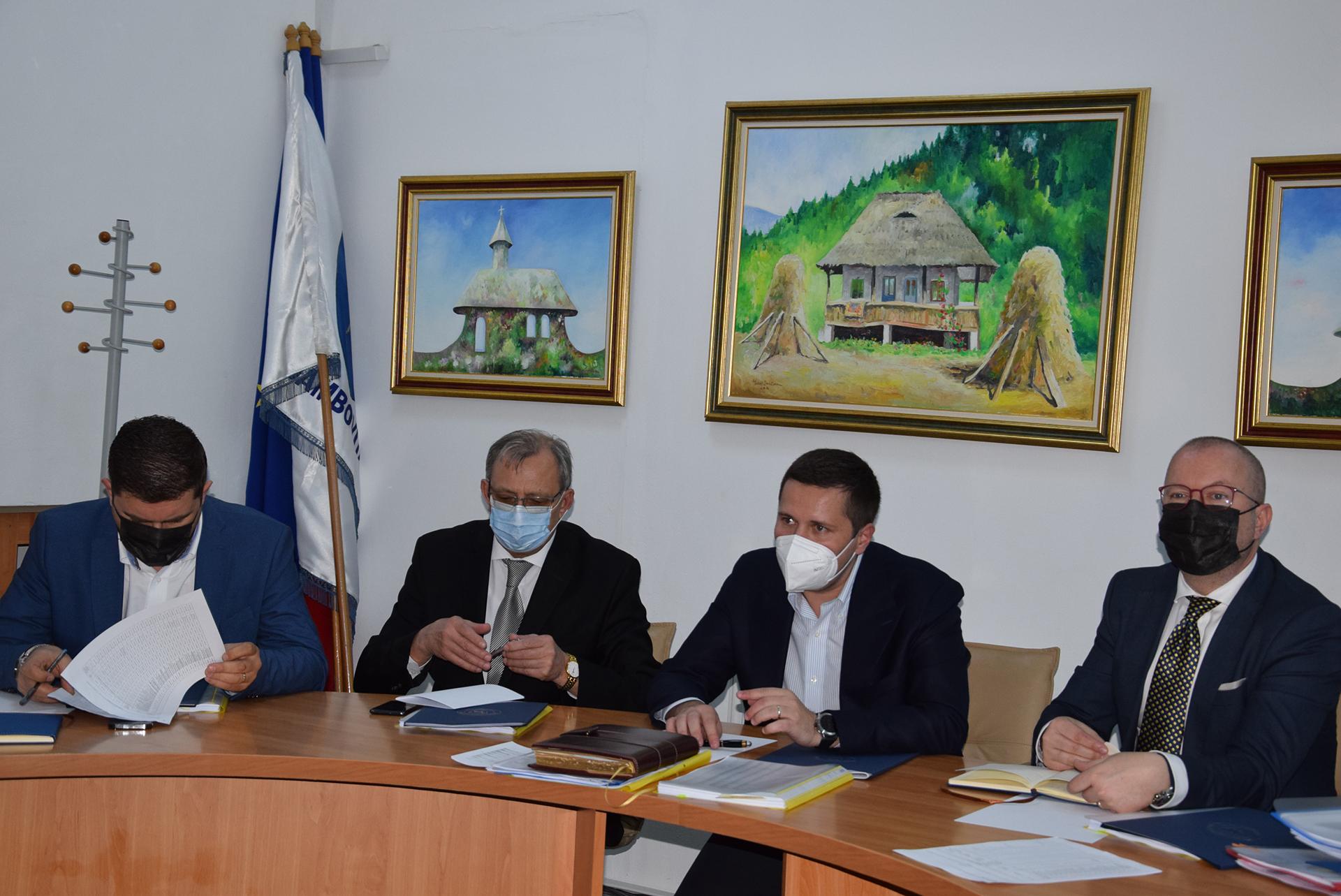 Dâmbovița: Consultări pe marginea alocărilor bugetare
