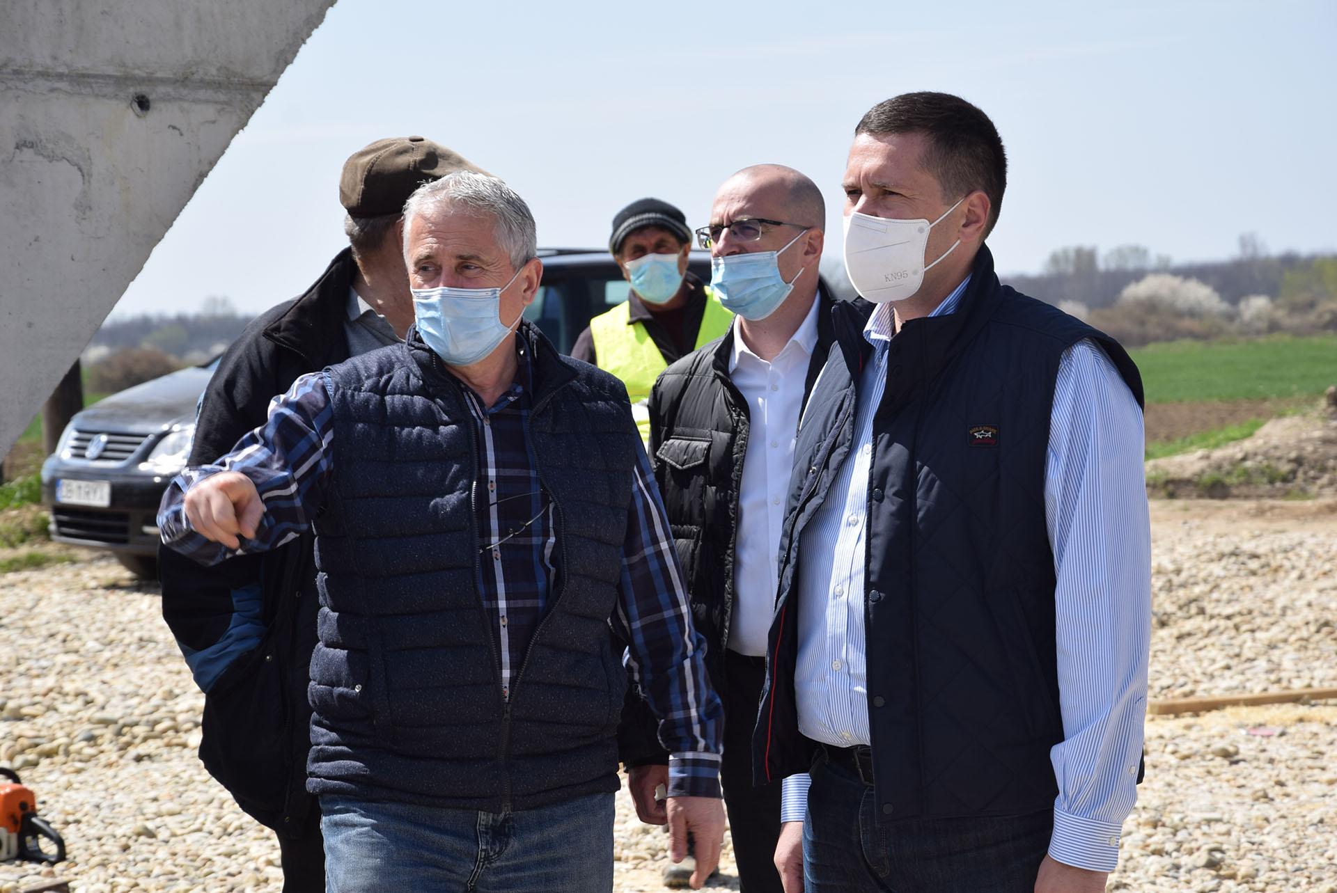 Reabilitarea și modernizarea podului de pe DJ 722, la Mircea Vodă și a podului peste Sabar, pe DJ 401A, în plin proces de execuție