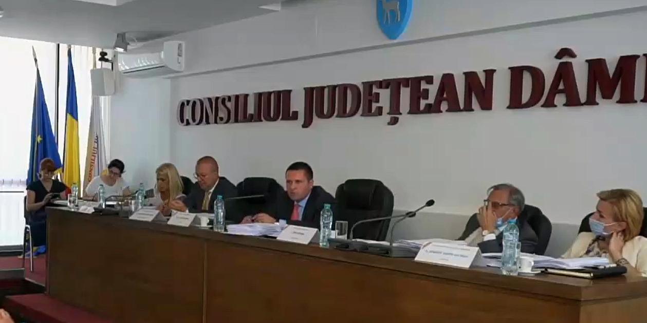 Consiliul Judeţean Dâmboviţa se reunește în şedinţă ordinară, miercuri, 28.07.2021, ora 14:00